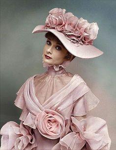 Eliza Doolittle's (Audrey Hepburn) Pink ruffled dress. My Fair Lady Costume by Cecil Beaton. Eliza Doolittle, My Fair Lady, Audrey Hepburn Mode, Audrey Hepburn Photos, Vintage Beauty, Vintage Fashion, Cecil Beaton, Belle Epoque, Costumes For Women