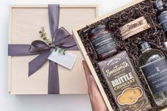 Make This Gift-Giving Season Memorable with Grey Willow Gifts Corporate Gifts, Corporate Events, Curated Gift Boxes, Beautiful Notes, Meaningful Gifts, Online Gifts, Thoughtful Gifts, Gift Baskets, Customized Gifts