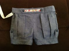 Clever Charlotte finch shorts by colesworth, via Flickr