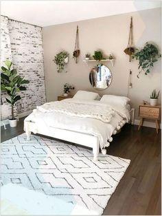 69 Best Bohemian Bedroom Ideas For Your First Apartment 37 - fancyhomedecors #bohemianbedroom#bedroom#bedroomideas Simple Bedroom Decor, Room Ideas Bedroom, Home Decor Bedroom, Cheap Bedroom Ideas, Bedroom Inspo, Bedroom Designs, Bedroom Furniture, Urban Bedroom, Simple Bedrooms