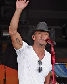 Tim McGraw, Sports Authority Field - Denver - July 21, 2012 by Steve Hostetler Photography, via Flickr