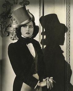 Merle Oberon #top #hat