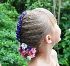Clever #wedding ideas - pretty #britishflowers heads look cute for a flower girls hair decoration. www.bespoke-confetti.co.uk