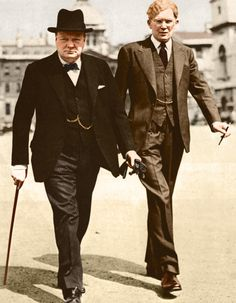 Winston Churchill and Brendan Bracken his parlimentary private secretary. Winston Churchill, Uk History, Historical Quotes, Great Leaders, Second World, Roosevelt, British Style, World War Ii, Wwii