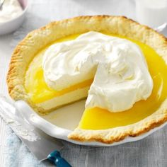 Lemon Supreme A friend and I often visit a local restaurant for pie and coffee. When they stopped carrying our favorite lemon supreme pie, I got busy in the kitchen and created this version, which we think tastes … Brownie Desserts, Mini Desserts, Lemon Desserts, Lemon Recipes, Just Desserts, Delicious Desserts, Dessert Recipes, Yummy Food, Lemon Pie Recipe