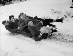 Astronaut John Glenn sledding with his family (and their dog). Project Mercury, Family Pictures, Couple Photos, John Glenn, Hometown Heroes, Nasa History, History Of Photography, Astronauts, Sled