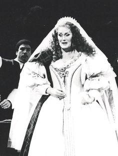 Lucia in her bridal dress. Lucia di Lammermoor; the Australian Opera 1980. Dame Joan Sutherland.