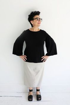 NY77 Design simple and elegant pleated sleeve top for any occasionat ATELIER957.