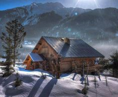 On this blog I collect the most beautiful pictures of log cabins, but also nature pictures that fit...