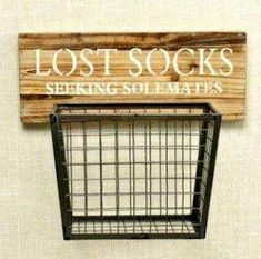 Dieser Holz- und Metall-Hängekorb Honey … where is my sock! This wooden and metal hanging basket … Room Organization, Laundry Room Decor, Home Diy, Farmhouse Laundry, Rustic House, Sweet Home, Home Projects, Home Decor, Room Makeover