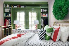 hunted interior: Painting the Builtins Green