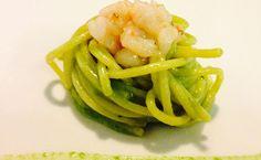 Spaghetti, rucola, limone e gamberi - Ricetta di Simone Rugiati da foodloft.it