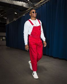 Russell Westbrook in the Chinatown Market x Chuck Taylor Russell Westbrook Outfits, Russel Westbrook Fashion, Westbrook Nba, Nba Fashion, Fashion Outfits, Mens Fashion, Fashion Killa, Fashion Wear, Mens Plus Size Fashion