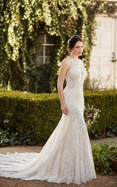 936 Effortless Lace Boho Wedding Dress By Martina Liana Designer Dresses Bridal Gowns