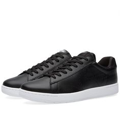 Inspired by court cushioning, the Nike Tennis Classic Ultra combines a leather upper with retro profiling for an authentic finish. Giving the 80's model a contemporary feel, the perforated swoosh offers enhanced breathability with an injected Phylon midsole for lightweight cushioning. The rubber outsole with herringbone pattern includes deep flex grooves for an old-school look and natural comfort.  Leather Uppers Perforated Swoosh Injected Phylon Midsole  Durable Rubber Outsole Deep Flex…