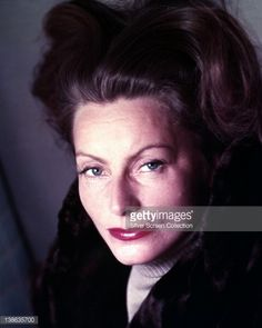 Photo d'actualité : Headshot of Greta Garbo , Swedish actress, in a...