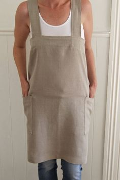 56a7e897e02 Cross back apron in 100% natural taupe linen