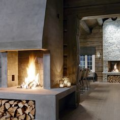 interiørarkitekt as scenario interiørarkitekter mnil Cabin Fireplace, Fireplace Design, Cottage Interiors, Rustic Interiors, Cabin Homes, Log Homes, Building A Cabin, Rustic House Plans, Mountain Cottage