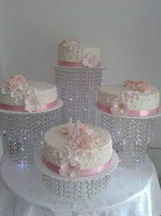 Cotton pot, Shabby Chic, in pale pink silk satin and lace, adorned with Rhinestones and pearls, imbued with softness. Pie Wedding Cake, Fancy Wedding Cakes, Cupcake Tower Wedding, Square Wedding Cakes, Amazing Wedding Cakes, Wedding Cake Designs, Quince Cakes, Quinceanera Cakes, Crystal Cake