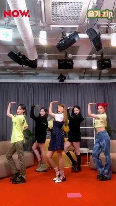 Dance Music Videos, Dance Choreography Videos, Velvet Video, Hair Dyed Underneath, Korean Drama Songs, Dance Kpop, Kpop Girl Bands, Kpop Couples, Red Velvet Joy
