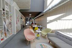 ToGu Architecture - OuiMum's -  Concept store autour de la femme enceinte et des jeunes mamans. Mission complète 45 Boulevard Édouard Herriot 13008 Marseille Année 2013  Photos: Loïc Jourdan