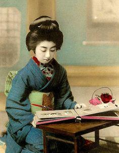 Geisha Teruha. Meiji era.