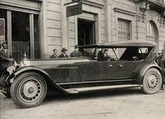 "Bugatti Veyron type 41 ''Royale'' - www.- Bugatti Veyron type 41 ""Royale"" – www. Bugatti Royale, Bugatti Veyron, Bugatti Cars, Vintage Cars, Antique Cars, Vintage Auto, Bugatti Models, Bespoke Cars, Art Deco Car"