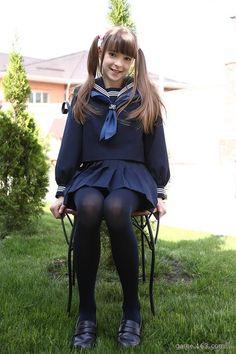 Preteen Girls Fashion, Young Girl Fashion, Teen Girl Outfits, Kids Fashion, Japanese School Uniform Girl, School Girl Japan, School Girl Dress, Teen Mini Skirt, School Uniform Outfits