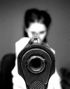 shot in your face Fotografia Macro, Divergent Series, Foto Art, Gangsters, Thin Blue Lines, The Villain, Belle Photo, Country Girls, Country Music