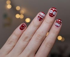 Christmas Sweater Nails