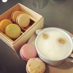 Morning ,coffee,macarons