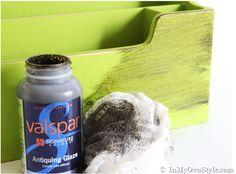 Valspar Antiquing Glaze instead of dark wax over chalk paint Paint Furniture, Furniture Projects, Furniture Makeover, Diy Projects, Best Chalk Paint, Homemade Chalk Paint, Valspar Antiquing Glaze, Paint Stain, Diy Painting