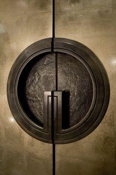 37 New Ideas For Main Door Handle Design Modern Simple Apartment Decor, Apartment Interior Design, Apartment Entry, Decorate Apartment, Apartment Ideas, Deco Pastel, Appartement Design, Door Detail, Knobs And Knockers