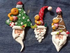 Santa by Roxsana Bello Polymer Clay Ornaments, Polymer Clay Miniatures, Polymer Clay Crafts, Polymer Clay Creations, Diy Clay, Christmas Toys, Diy Christmas Ornaments, Holiday Crafts, Christmas Decorations