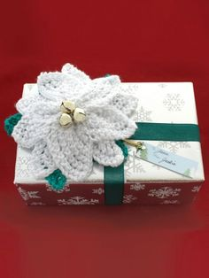 Poinsettia Gift Topper