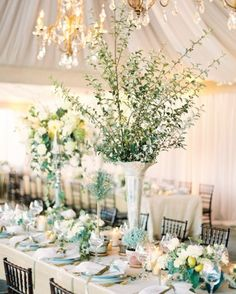 "See+the+""The+Centerpieces""+in+our+A+Romantic+Cream-And-Ivory+Wedding+at+a+Historic+Virginia+Hotel+gallery"