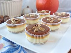 Dýňové mini cheesecakes se slaným karamelem