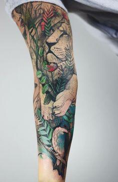 Joanna Swirska Dzo Lama lion tattoo