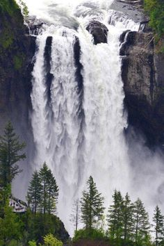 Lovely Snoqualmie Falls - Washington State