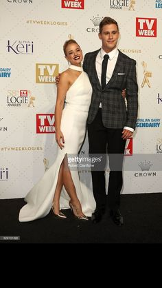 Raechelle Banno and Scott Lee Logies 2016 Home And Away Cast, Jonathan Taylor Thomas, Tv Show Casting, Tv Awards, Child Actors, Best Shows Ever, Amazing Gardens, Formal Dresses, Wedding Dresses