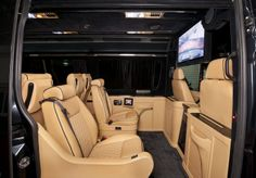 Klassen Excellence Sprinter Mercedes-Benz MSD 1201 Family Company Business Luxury Van with 10 seats and Lagage Box. Mercedes Benz Vans, Mercedes Sprinter, Sprinter Van, Limousine Interior, Chevy Caprice Classic, Luxury Van, Daimler Ag, Top Luxury Cars, Van Interior