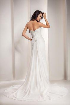 6a8bf57589dd GEORGE BRIDE Sweetheart Chiffon Chapel Train Beach Wedding Dress    Amazon.com