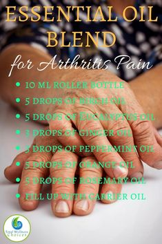 The Best Essential Oils for Rheumatoid Arthritis to Help Reduce Inflammation, Pain and Stiffness! Finding the best essential oils for rheumatoid arthritis can help you relieve arthritis pain naturally! Rheumatoid arthritis is an auto-immune disease Arthritis Essential Oil Blend, Essential Oils For Pain, Ginger Essential Oil, Essential Oil Uses, Young Living Essential Oils, Essential Oils Rheumatoid Arthritis, Black Pepper Essential Oil, Natural Cure For Arthritis, Elixir Floral