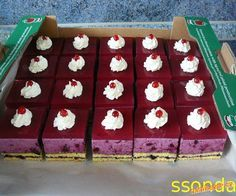 Cake Recipes, Dessert Recipes, High Sugar, Czech Recipes, Mini Cakes, Good Food, Goodies, Food And Drink, Cooking Recipes
