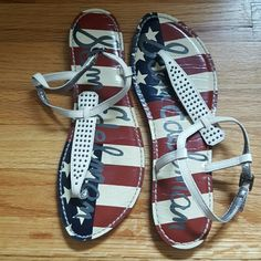 Sam Edelman limited edition Gigi sandal American flag sole, studded. Worn once, like new! Perfect neutral for summer! Sam Edelman Shoes Sandals