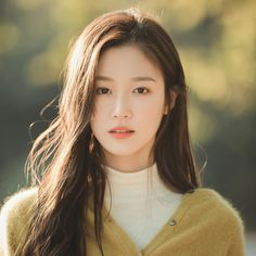 Korean Girl Photo, Cute Korean Girl, Asian Girl, Ulzzang Korean Girl, Uzzlang Girl, Girl Inspiration, Beautiful Girl Image, Girl Photography Poses, Girl Photos