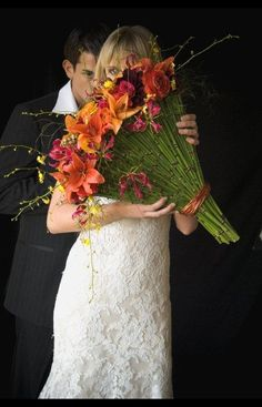 Fan Shaped Bridal Bouquet fro the Avante Garde bride, created by Beth O'Reilly of The Flower Studio in Austin, TX