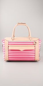 adorbs pink bag for summer!