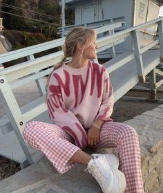 Mode Für Teenies, 40s Mode, Mode Ootd, Looks Street Style, Looks Style, My Style, Mode Monochrome, Mode Disco, Surfergirl Style