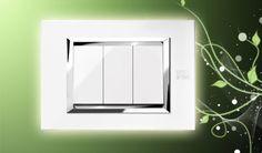 Urmet Simon Nea Placca Expì Bianco perla con cornice interna in cromo lucido e tasti bianco ghiaccio. Disponibile sul nostro store http://www.elettronew.com/scheda_prodotto.php?r=5434 #urmet #simonurmet #nea #arredamento #interni #design #ristrutturazione #impianto #placche #interruttori #illuminazione #materialeelettrico #ristrutturare #ristrutturarecasa #edilizia #expì